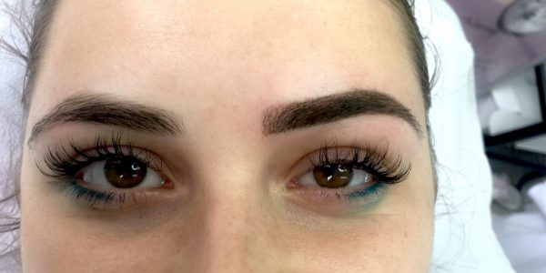 Microblading si sprancene Powder